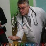 Прикрепление к поликлинике без регистрации, или как сделать прививки ребенку в поликлинике в Москве без прописки