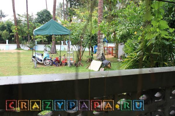 Первые дни в детском садике. Русский ребенок в тайском садике.