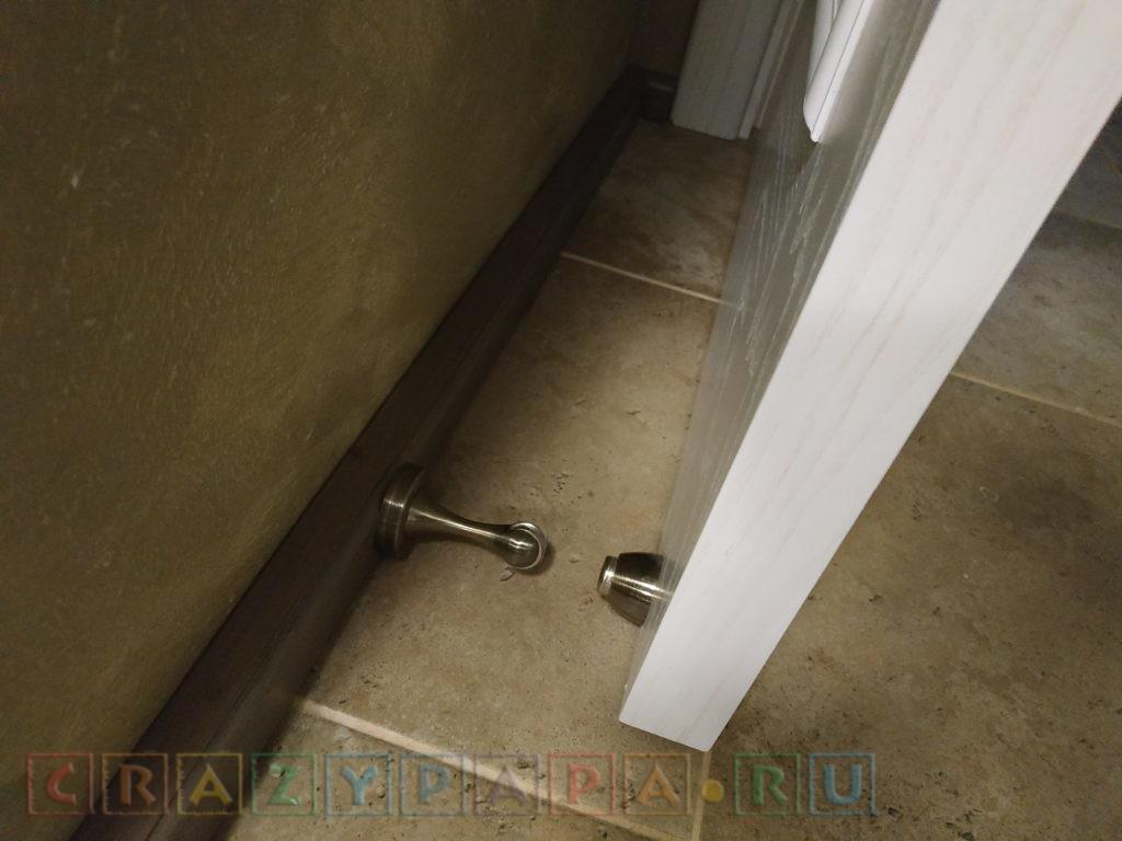Магнитные держатели-останавливающие двери порожки