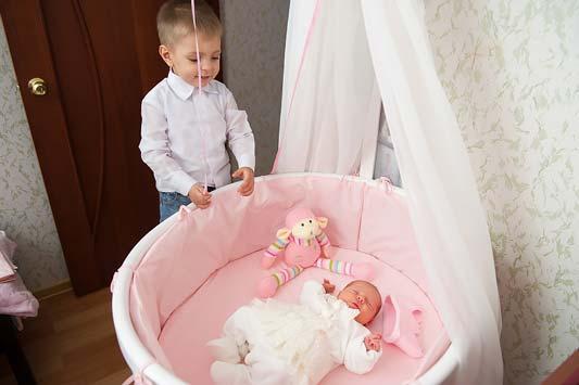 Выписка из роддома: что понадобится маме и малышу